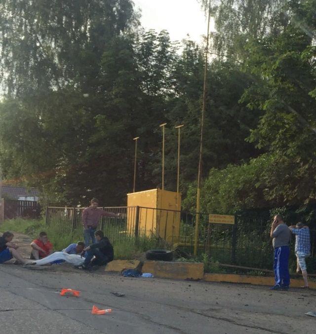 Иностранная машина протаранила забор дома вПодмосковье