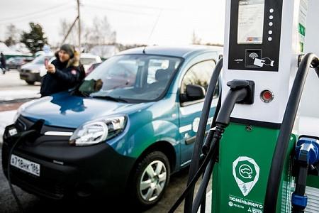 «Автодор» к 2020-ому установит 71 зарядную станцию для электромобилей